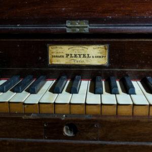 pianino Pleyel 22631